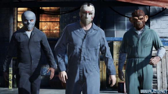 侠盗猎车手5 GTA5 控制角色同时戴面具墨镜方法解析