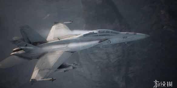 《皇牌空战7:未知空域》最新战斗视频演示