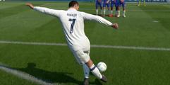 《FIFA19》大力落叶球视频教学 大力落叶球怎么踢?