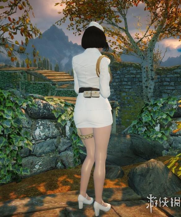 上古卷軸5(The Elder Scrolls V: Skyrim)崔智雲制服MOD