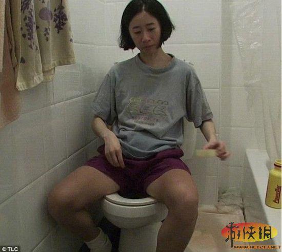 上厕所解手图片;