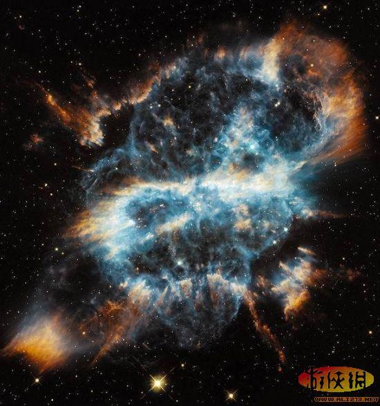 """三、哈勃空间望远镜拍摄到酷似""""空间彩带""""的行星状星云-最令人惊"""