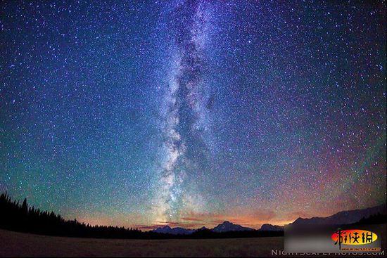 Красивое ночное небо и звезды Удивительная природа и