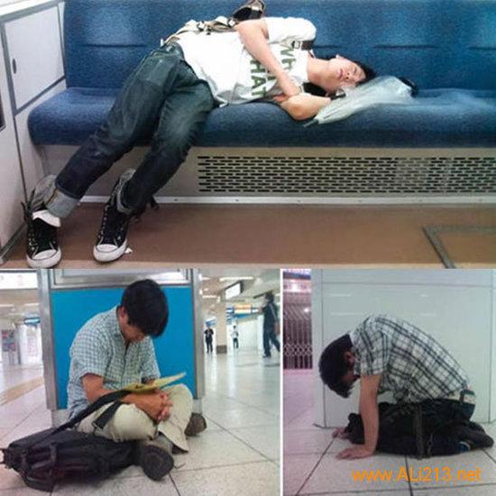 地铁网吧各种奇葩睡姿大集合