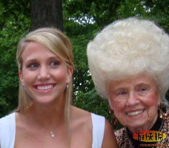欧美胖奶奶_点评:老奶奶雪白的蜂窝头.