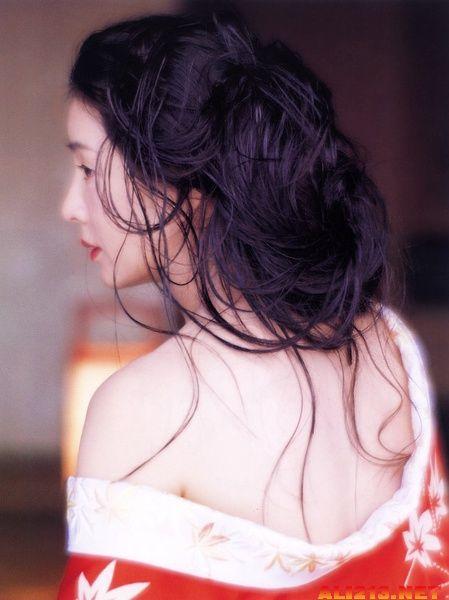 日本 雅致/十岁的小百合,她的眼睛会说话。