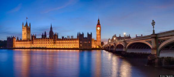 英国伦敦议会大厦&大本钟&威斯敏斯特大桥全景