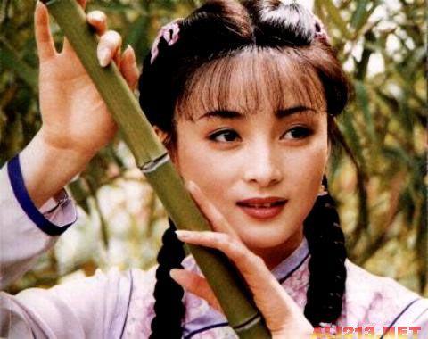 琼瑶年轻时的生活照
