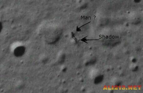 谷歌月球发现疑似不明生物黑影