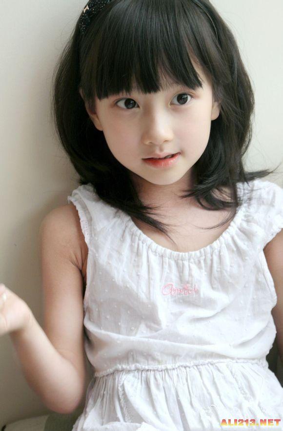 从小就是这么漂亮 盘点那些讨人喜欢的可爱萌娃