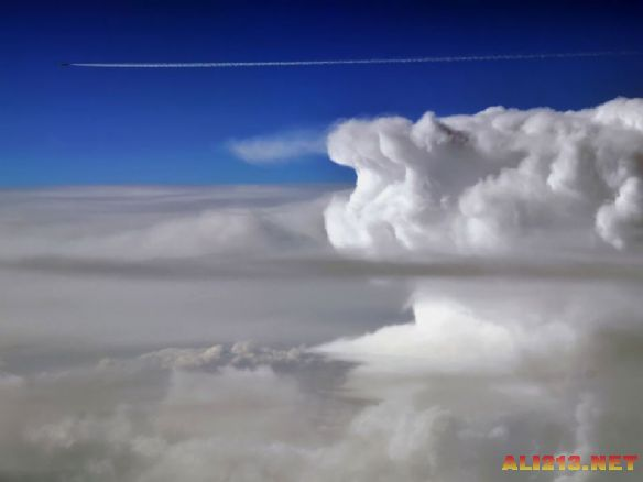西班牙飞行员15年拍摄欧洲最美风景