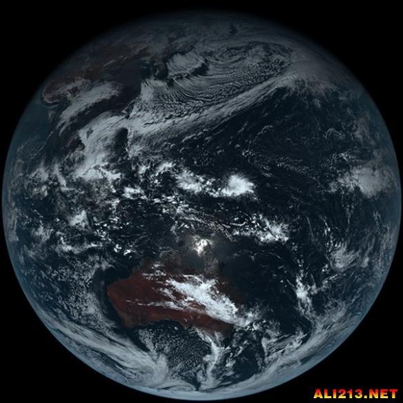 难以置信的地球素颜照曝光