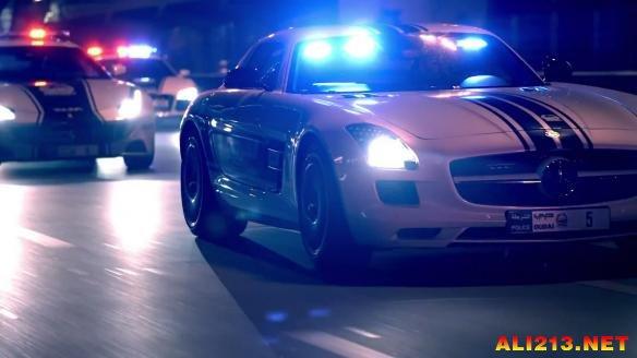 简直就像一场表情!迪拜车展新年a表情宣传片放警察包了的哪跑去图图片