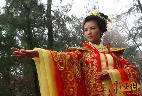 刘涛拍妈祖没带胸罩